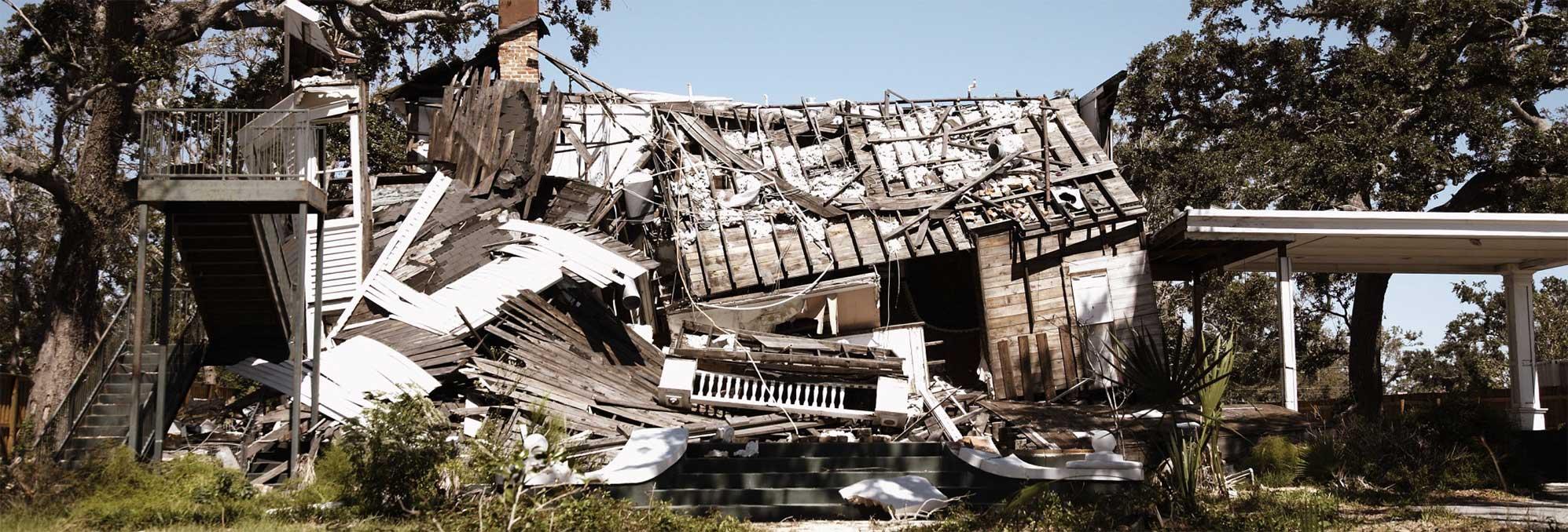house that needs repairs